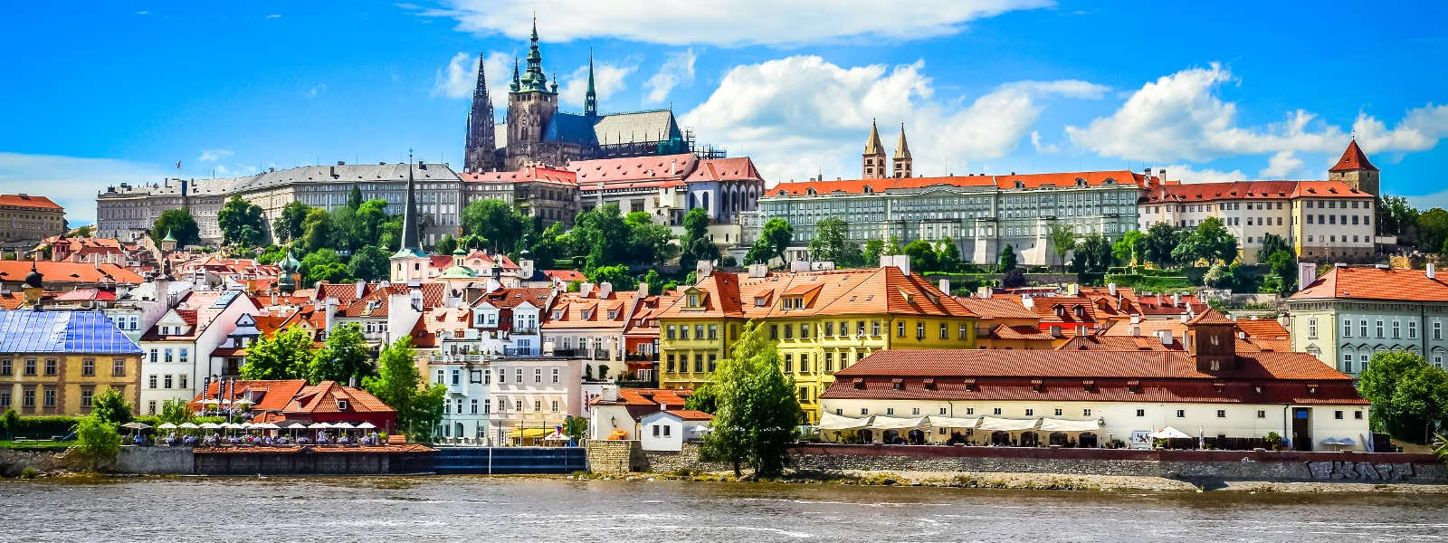 trains from berlin to prague from 22 goeuro. Black Bedroom Furniture Sets. Home Design Ideas