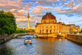 Cheap buses to Berlin